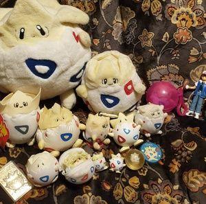 Togepi Pokemon Comllete Collection Fandom Gold!